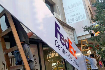 /trabajos/2019/08/29/cartel-frontal-luminosos-fedex-04.jpg